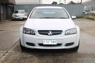 2006 Holden Commodore VE Omega V White 4 Speed Automatic Sedan.