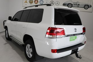 2018 Toyota Landcruiser VDJ200R GXL White 6 Speed Sports Automatic Wagon.