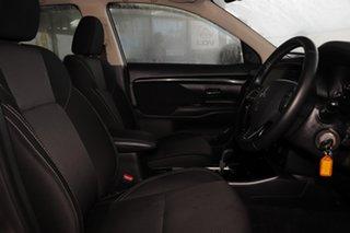 2019 Mitsubishi Outlander ZL MY20 ES 2WD Ironbark 6 Speed Constant Variable Wagon