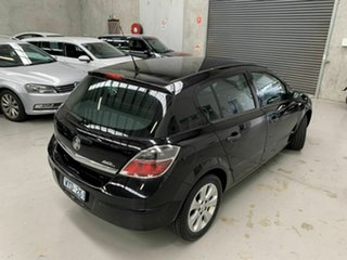 2008 Holden Astra AH MY08 CD Black 5 Speed Manual Hatchback