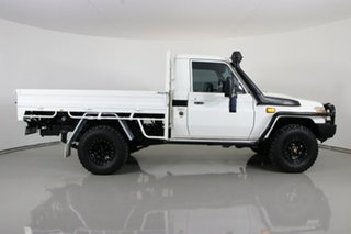 2016 Toyota Landcruiser VDJ79R MY12 Update Workmate (4x4) White 5 Speed Manual Cab Chassis