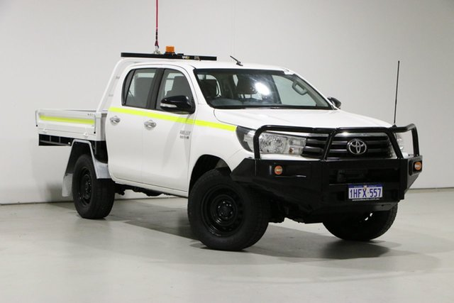 Used Toyota Hilux GUN126R MY17 SR (4x4) Bentley, 2017 Toyota Hilux GUN126R MY17 SR (4x4) White 6 Speed Automatic Dual Cab Chassis