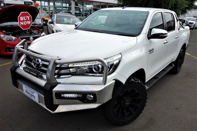 Used Toyota Hilux GUN126R SR5 Double Cab Seaford, 2016 Toyota Hilux GUN126R SR5 Double Cab White 6 Speed Sports Automatic Utility