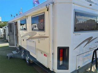 2012 Travelhome Macquarie 5th Wheeler.