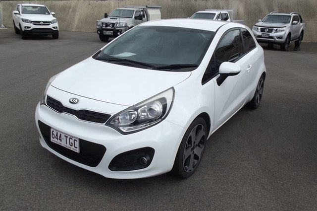 Used Kia Rio UB MY14 S South Gladstone, 2013 Kia Rio UB MY14 S White 4 Speed Sports Automatic Hatchback