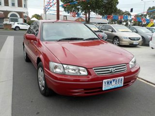 2000 Toyota Camry MCV20R (ii) Conquest Red 4 Speed Automatic Sedan.