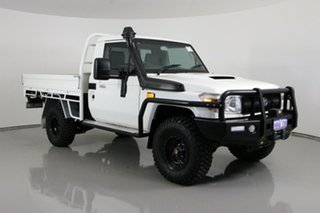 2016 Toyota Landcruiser VDJ79R MY12 Update Workmate (4x4) White 5 Speed Manual Cab Chassis.