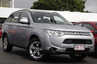 2013 Mitsubishi Outlander ZJ MY13 ES 2WD Silver 6 Speed Constant Variable Wagon.