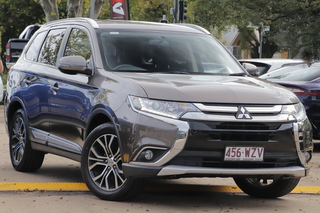 Used Mitsubishi Outlander ZJ MY14.5 LS 2WD Toowoomba, 2015 Mitsubishi Outlander ZJ MY14.5 LS 2WD /cloth 6 Speed Constant Variable Wagon