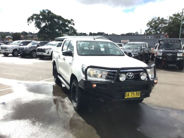 Pre-Owned Toyota Hilux GUN126R SR Double Cab Cardiff, 2018 Toyota Hilux GUN126R SR Double Cab White 6 Speed Sports Automatic Utility
