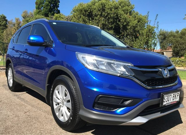 Used Honda CR-V RM Series II MY17 VTi Enfield, 2016 Honda CR-V RM Series II MY17 VTi Blue 6 Speed Manual Wagon
