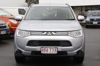 2013 Mitsubishi Outlander ZJ MY13 ES 2WD Silver 6 Speed Constant Variable Wagon