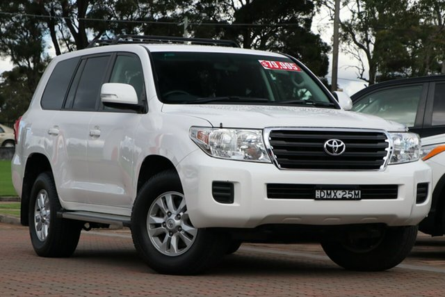 Pre-Owned Toyota Landcruiser VDJ200R MY13 GXL Warwick Farm, 2014 Toyota Landcruiser VDJ200R MY13 GXL White 6 Speed Sports Automatic SUV
