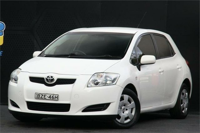 Used Toyota Corolla ZRE152R Ascent Campbelltown, 2009 Toyota Corolla ZRE152R Ascent White 6 Speed Manual Hatchback