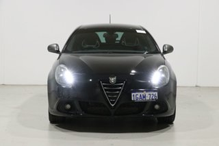2016 Alfa Romeo Giulietta MY15 Quadrifoglio Verde Black 6 Speed Auto Dual Clutch Hatchback.