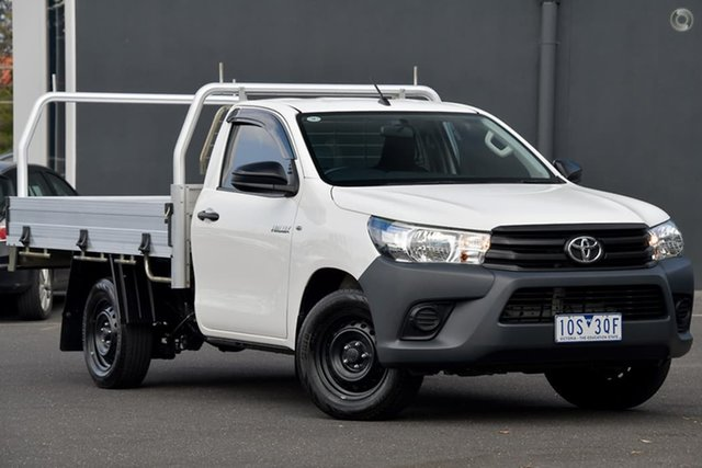 Used Toyota Hilux GUN122R Workmate 4x2 Moorabbin, 2017 Toyota Hilux GUN122R Workmate 4x2 White 5 Speed Manual Cab Chassis
