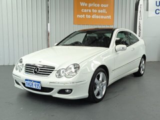 2006 Mercedes-Benz C-Class CL203 MY07 C180 Kompressor Sports White 5 Speed Automatic Coupe.