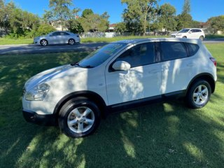 2009 Nissan Dualis J10 MY2009 Ti Hatch White 6 Speed Manual Hatchback