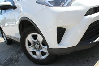 RAV 4 GX-2WD 2.0L Petrol CVT 5 Door Wagon.