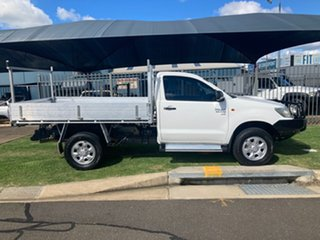 2012 Toyota Hilux KUN26R MY12 SR (4x4) White 5 Speed Manual Cab Chassis.