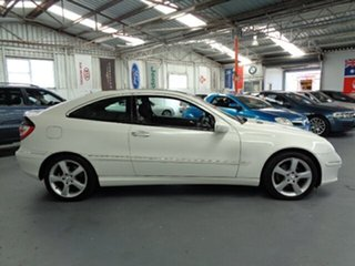 2006 Mercedes-Benz C-Class CL203 MY07 C180 Kompressor Sports White 5 Speed Automatic Coupe