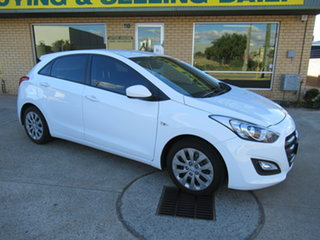 2017 Hyundai i30 GD4 Series 2 Active White 6 Speed Automatic Hatchback.