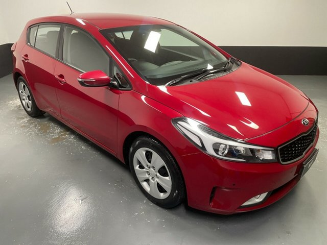 Used Kia Cerato YD MY17 S Hamilton, 2016 Kia Cerato YD MY17 S Red 6 Speed Sports Automatic Hatchback