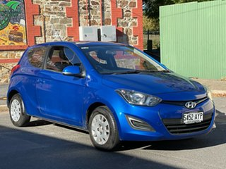 2012 Hyundai i20 PB MY12 Active Pristine Blue 5 Speed Manual Hatchback.