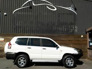 2008 Toyota Landcruiser Prado KDJ120R Standard White 6 Speed Manual Wagon.
