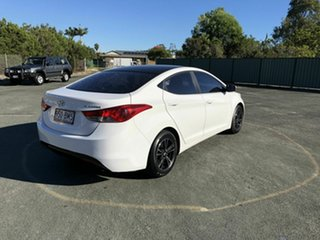 2011 Hyundai Elantra MD Active White 6 Speed Manual Sedan