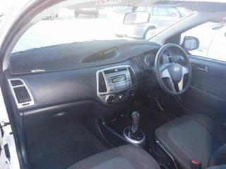 2014 Hyundai i20 PB Active White 6 Speed Manual Hatchback