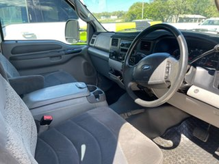 2006 Ford F250 RN XLT White 4 Speed Automatic Utility
