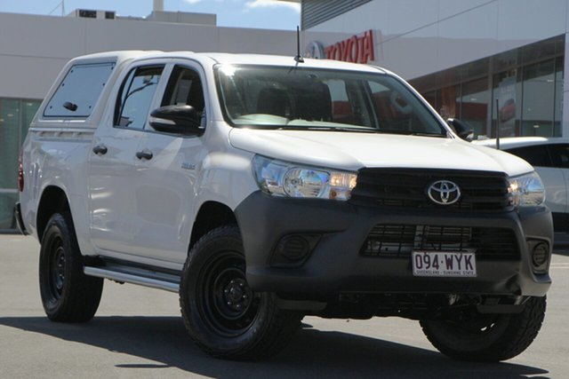 Pre-Owned Toyota Hilux GUN125R Workmate Double Cab Woolloongabba, 2016 Toyota Hilux GUN125R Workmate Double Cab White 6 Speed Sports Automatic Utility