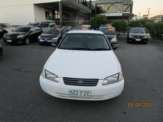 1999 Toyota Camry SXV20R CSi White 4 Speed Automatic Sedan.