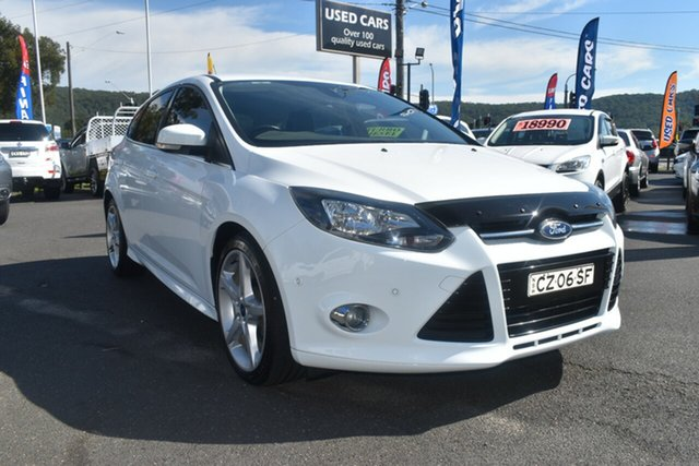 Used Ford Focus LW Titanium PwrShift Gosford, 2012 Ford Focus LW Titanium PwrShift White 6 Speed Sports Automatic Dual Clutch Hatchback