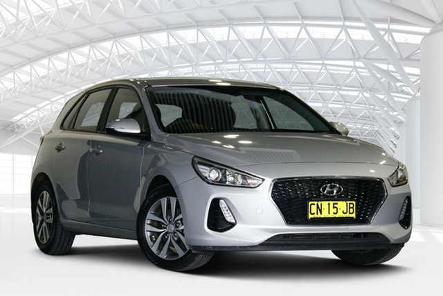 Used Hyundai i30 PD Active Moorebank, 2017 Hyundai i30 PD Active Clean Silver 6 Speed Auto Sequential Hatchback