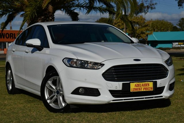 Used Ford Mondeo MD 2017.50MY Ambiente Cheltenham, 2017 Ford Mondeo MD 2017.50MY Ambiente White 6 Speed Sports Automatic Dual Clutch Hatchback