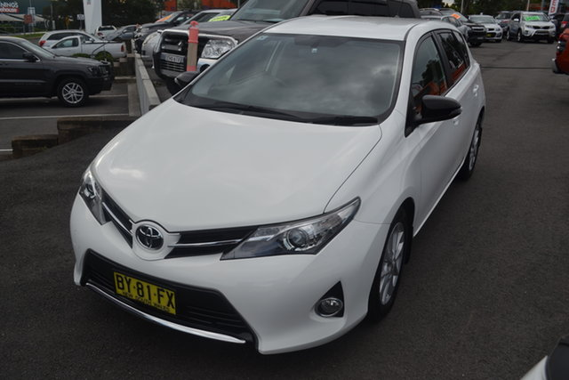 Used Toyota Corolla ZRE182R Ascent Sport S-CVT Maitland, 2013 Toyota Corolla ZRE182R Ascent Sport S-CVT White 7 Speed Constant Variable Hatchback