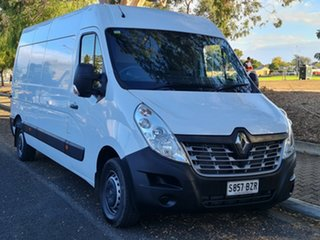 2018 Renault Master X62 LWB RWD White 6 Speed Manual Cab Chassis.