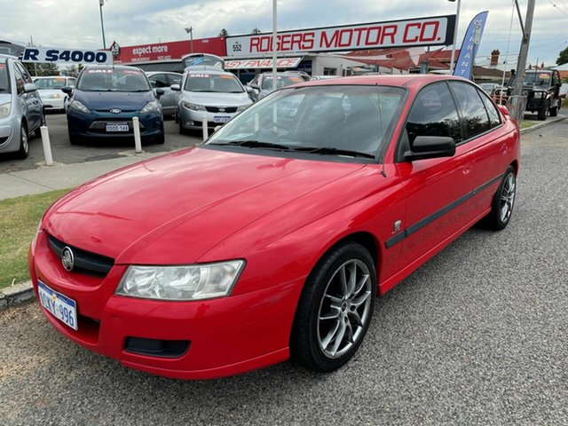 Used Holden Commodore VZ Executive Victoria Park, 2005 Holden Commodore VZ Executive Red 4 Speed Automatic Sedan