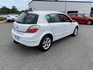 2006 Holden Astra AH MY06 CDX White 4 Speed Automatic Hatchback