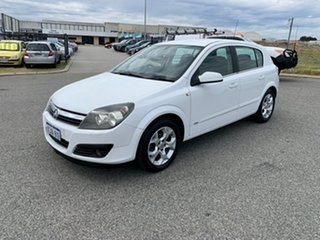 2006 Holden Astra AH MY06 CDX White 4 Speed Automatic Hatchback.