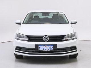 2016 Volkswagen Jetta 1KM MY16 118 TSI Trendline White 6 Speed Manual Sedan.
