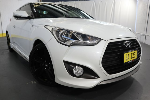 Used Hyundai Veloster FS4 Series II SR Coupe D-CT Turbo Castle Hill, 2015 Hyundai Veloster FS4 Series II SR Coupe D-CT Turbo White 7 Speed Sports Automatic Dual Clutch