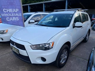 2011 Mitsubishi Outlander ZH MY11 LS White 6 Speed Constant Variable Wagon.