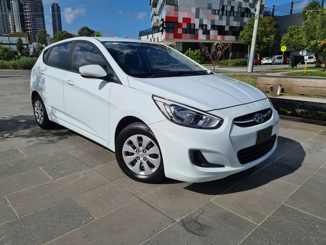 Used Hyundai Accent RB3 MY16 Active South Melbourne, 2016 Hyundai Accent RB3 MY16 Active White 6 Speed Constant Variable Hatchback