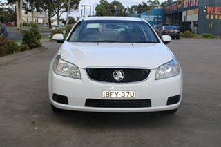 2008 Holden Epica EP MY09 CDX White 6 Speed Automatic Sedan.