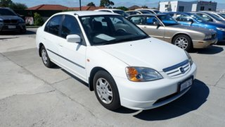 2002 Honda Civic 7th Gen MY2002 GLi White 5 Speed Manual Sedan.