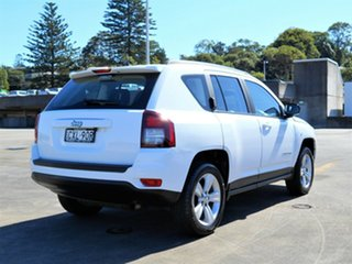 2014 Jeep Compass MK MY14 Sport White 5 Speed Manual Wagon
