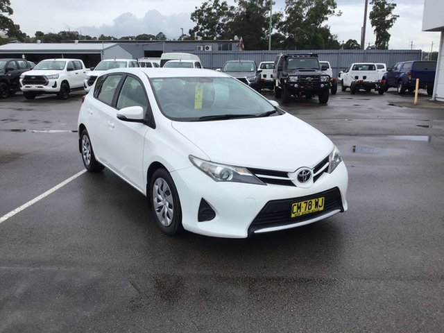 Pre-Owned Toyota Corolla ZRE182R Ascent S-CVT Cardiff, 2014 Toyota Corolla ZRE182R Ascent S-CVT White 7 Speed Constant Variable Hatchback